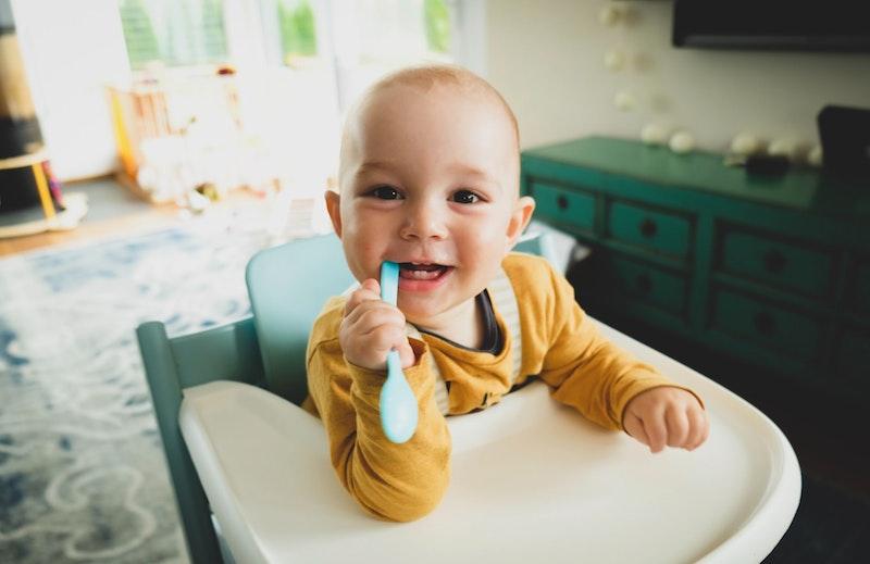 Quanti denti hanno i bambini? A quale età iniziano a metterli?