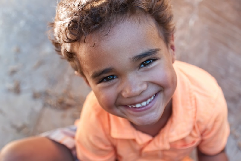 Il fluoro fa bene ai bambini?  E cos'è il fluoro di origine omeopatica?